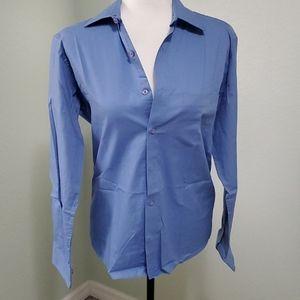 🌼🌼Pierre Cardin dress shirt. Size S